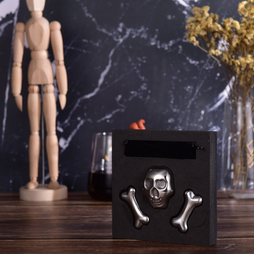 SS304 Skull Ice Cube Skull And Bones Whisky Stone Set