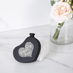 5oz Rubber Painted Heart Flask Hear Shape Hip Flask With Word Cloud Logo